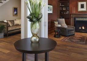 1.Los-Altos-interior-design-company-projects-portfolio