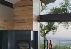 5.Los-Gatos-interior-design-company-great-room-lighting-projects-portfolio
